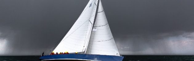 12mji France, voilier, america's cup, baron Bich yachting classique, www.yachtingclassique.com