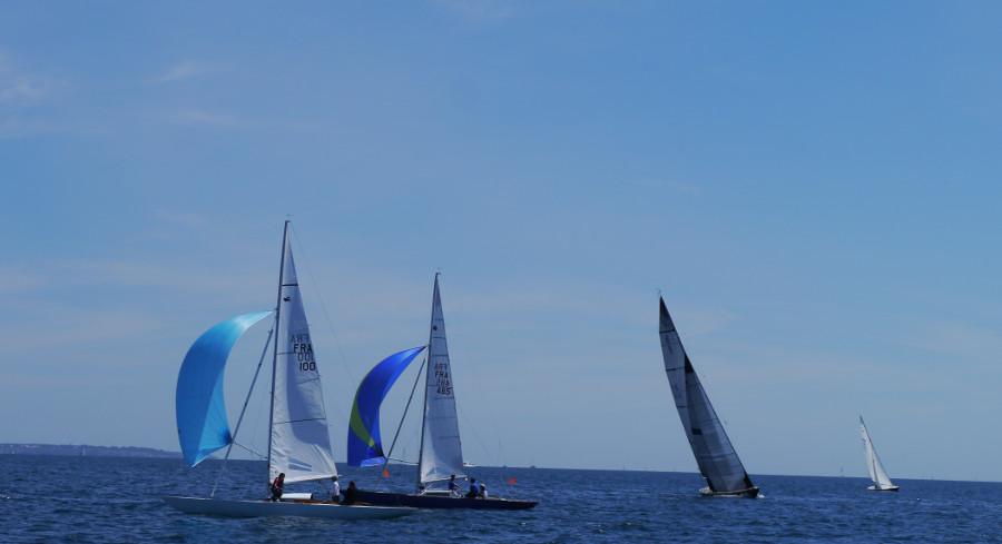 Voiles Classiquesde la Trinité-sur-Mer 2017, Baiede Quiberon, challenge métrique, Yachting Classique, www.yachtingclassique.com