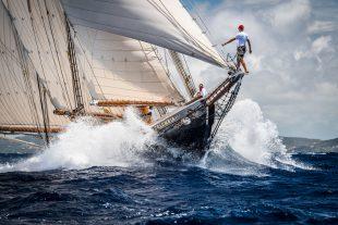 Columbia, Antigua Classic Yacht Regatta.Tobias Stoerkle, Mirabaud Yachting racing image, yachting classique, www.yachtingclassique.com