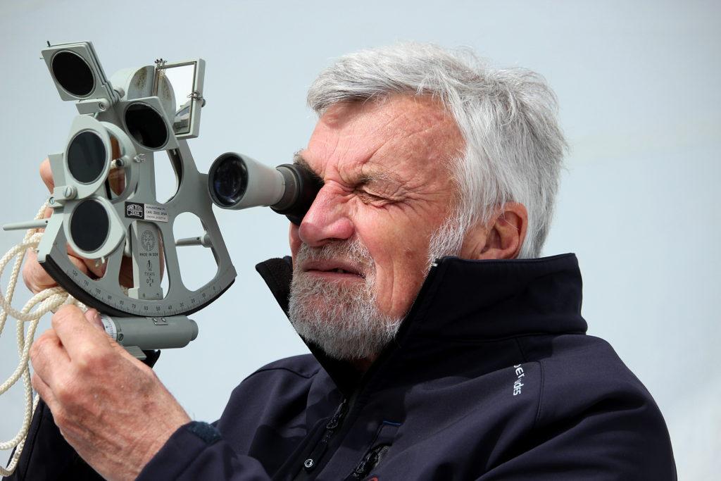 Jean Luc Van den Heede, sextant, navigation sans électronique, yachting classique, golden globe race 2018