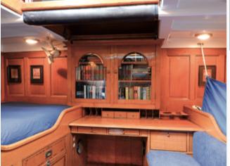 intérieur voilier classique Sumurun, plan Fife, rénovation chantier du Guip, Yachting Classique